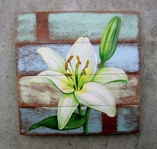 Vẽ tranh trên gỗ nghệ thuật